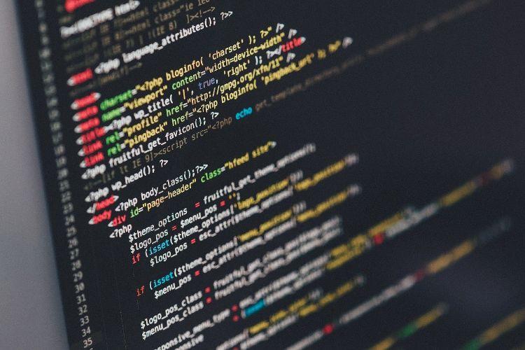そもそもプログラミングとは?プログラミングを学ぶメリット